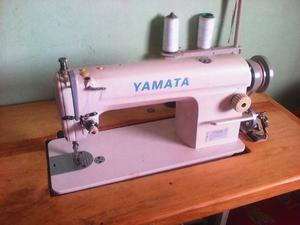 Maquina De Coser Yamata Industrial
