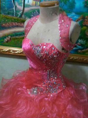 Hermoso Vestido de 15 Años Color Coral