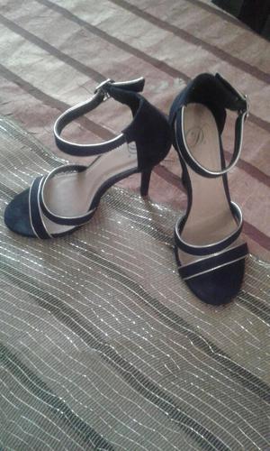 Zandalias Negras