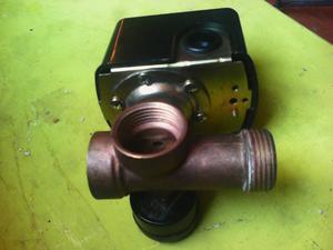 Bomba de agua pedrolo medio hp con presscontrol posot class for Presostato bomba agua