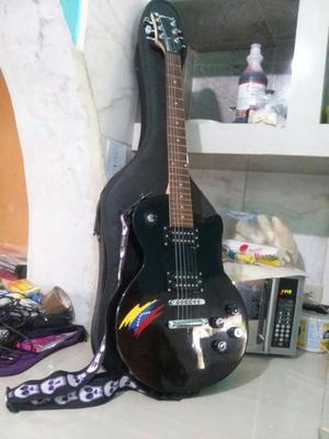 Se Vende Bella Guitarra Eléctrica Fretma