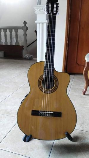 Guitarra Electroacústica Ibanez Cuerdas De Nylon. Como
