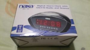 Radio Reloj Despertador Naxa