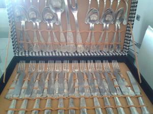 Juego de cubiertos en plata 68 piezas wm posot class for Cubiertos de plata precio