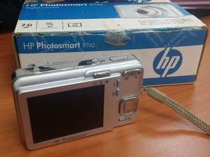 Camara Digital 7.0 Mp ---- Hp Photosmart R742