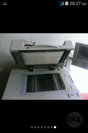 Fotocopiadora Marca Ricoh Modelo  Oficio Con Toner