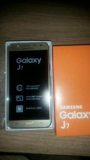 Samsung J7 Dorado. Nuevo. Barinas