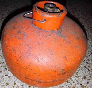 Bombona De Gas Tipo Camping De 3 Kg Recargable