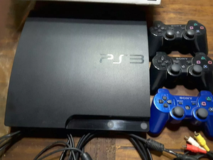 Playstation 3 slim 160Gb Perfecto estado chipeado 21 Juegos