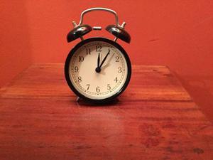 Reloj Despertador Dekad. Ikea