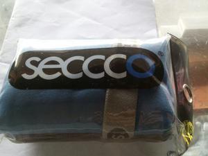 Toalla Deportiva Seccco Talla S Rosada Y Azul