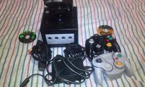 Game Cube Con 2 Controles Y 2 Cd De Juegos