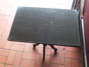 Mesa en madera de puy con vidrio posot class for Mesa de madera con vidrio