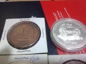 colección de monedas y fuerte