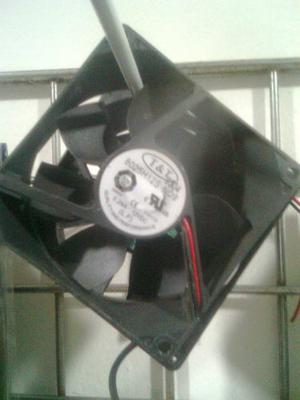 Extractor De Calor Para Case O Equipos De Sonido 12v