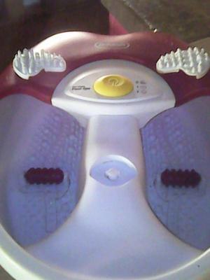 Bañera masajeadora para pies en buen estado