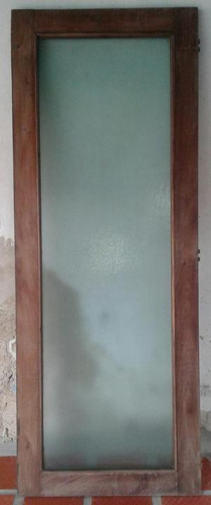 Puerta batiente de madera y vidrio posot class - Puertas madera y vidrio ...