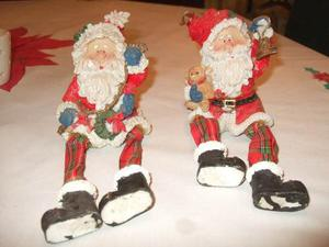 Santas De Navidad En Ceramica Y Los Pies En Tela Flexible.