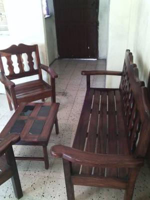 Juego De Sala 5 Puestos Y Mesa De Café En Madera De Samán