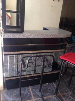 Precioso Elegante Mueble Bar Forrado Formica Con 3 Sillas