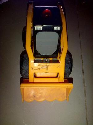 tractor, pelota saltarina, camion, tren
