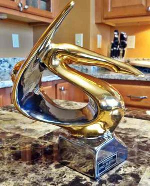 Escultura De Porcelana Galos De Gran Diseño Oro Y Platinum