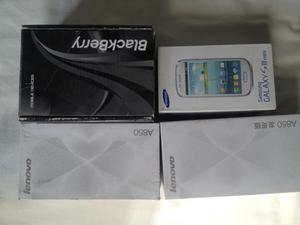 Cajas vacías para celulares están en buenas condiciones