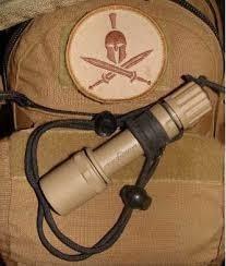 Linterna Led Táctica Surefire & (navy Seal) Made In Usa