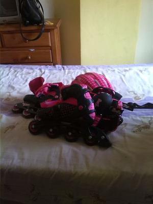 Vendo Casi Nuevos Patines En Linea Barbie, Talla , Negr
