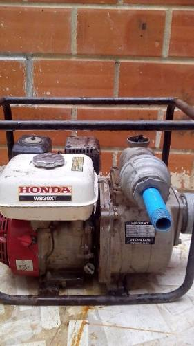 Bomba De Agua O Achique A Gasolina De 5 Hp Marca Honda