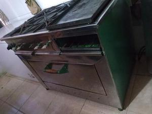 Cocina Industrial De 4 Hornillas Plancha Y Horno