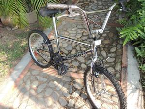 OFERTA!!! Bicicleta BMX RIN 20 CROMADA