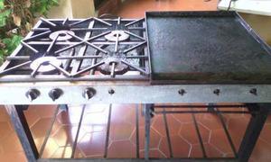 Cocina Y Plancha Para Hacer Cachapa
