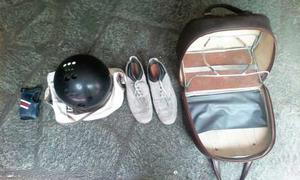 Bola De Bowling Con Su Estuche 14 Lb