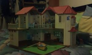 Casa De Muñecas Sylvanian Families Con Accesorios