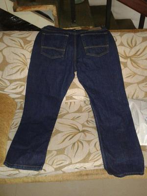 Pantalones Levis 501 y Nautica nuevos