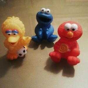 Trio De Muñecos Plaza Sesamo Elmo Monstruo Come Galletas