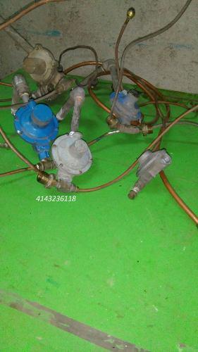 Regulador Gas Doble Bombona 43 Kg Con Dos Rabo E'cochino