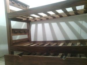 Cama de madera trilitera usada