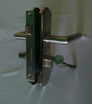 Cerraduras de seguridad sobreponer posot class - Cerradura seguridad puerta ...