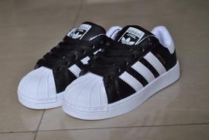 Kp3 Zapatos Adidas Superstar Negro Y Blanco Niños 26 Al 30