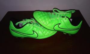 Tacos Para Futbol Nike Tiempo Para Niños