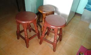 OFERTA juego de banquitos de madera MARACAY