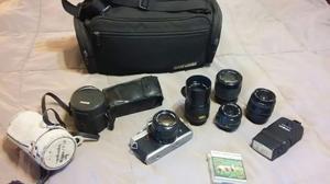 Camara Fotografica Minolta Con Accesorios