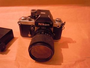 Cámara Profesional Nikon Coleccionable  Negociable.