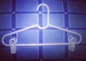 Ganchos para ropa super economicos posot class for Ganchos de aluminio para ropa