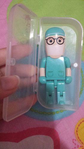 Pendrive En Forma De Lego Medico, Odontologo, Enfermero 8 Gb
