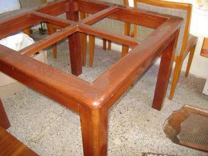 Mesa De Comedor De 4 Puestos De Caoba Con 4 Sillas