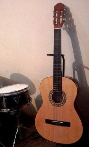 Bella Guitarra Acústica Estrella, Sin Detalles!