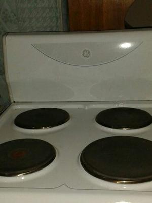 Cocina 4 Hornilla Color Blanco Marca G-e